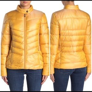 Via Spiga Smocked Quilted Puffer Packable Jacket